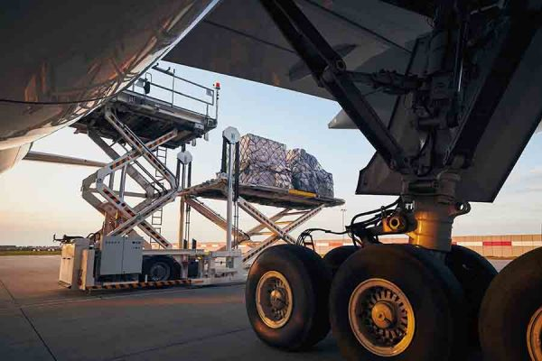 air freight forwarder operations at airport