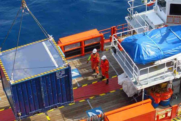 break bulk logistics loaded on ship