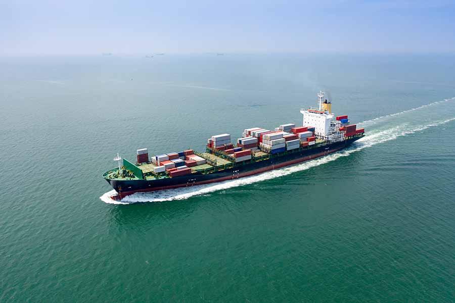 sea freight forwarder transporting cargo